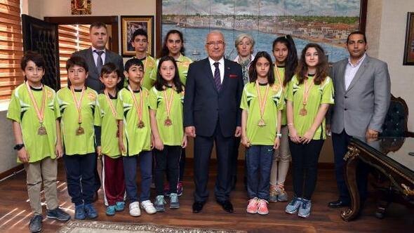 Başkan Kocamaz, Oryantiring şampiyonlarını ağırladı