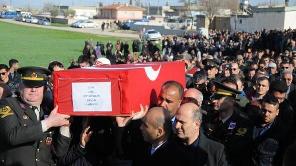 Şehit Yüzbaşının cenazesi Gaziantepte - ek fotoğraflar
