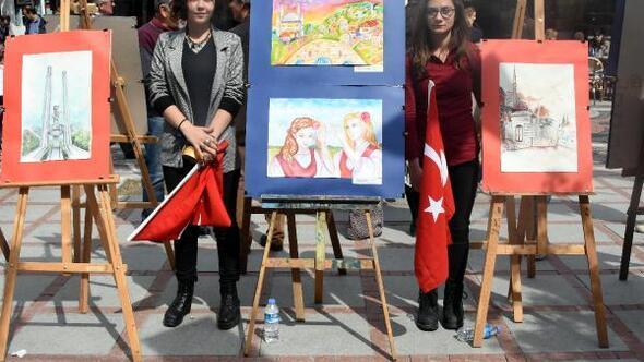Kırcaalili öğrenciler Edirne'de resim sergisi açtı