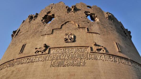 diyarbakir-surlari-emlaklobisi
