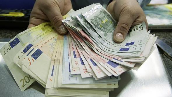 FETÖcülere aylık 500 Euro maaş