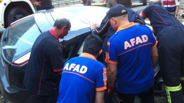 Artvin'de tünel çıkışında kaza : 1 ölü, 2 yaralı