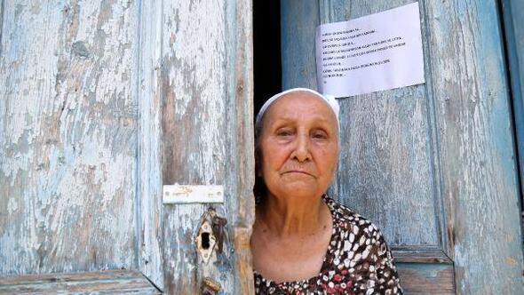 3 defa evini soyan hırsıza kapısına astığı mektupla seslendi