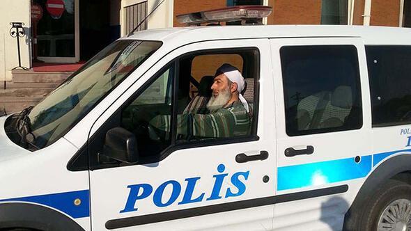 Sarıklı-sakallı polis şoku...
