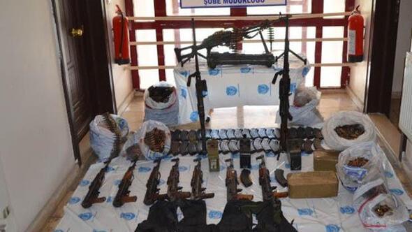 Bingöl'de DEAŞ operasyonu: Cephanelik gibi araç ele geçirildi ile ilgili görsel sonucu
