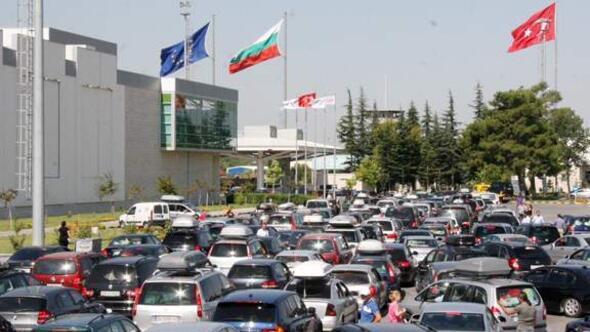 Bulgar Polisi Avrupalı Türklerden baskıyla rüşvet alıyor