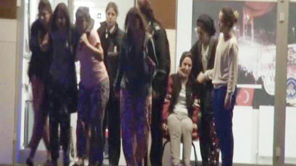 Kız yurdunda panik Çok sayıda öğrenci sinir krizi geçirdi