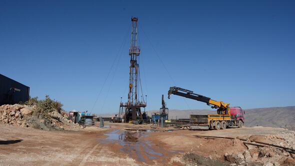 Siirtteki 4 kuyudan günde 1000 varil petrol çıkıyor