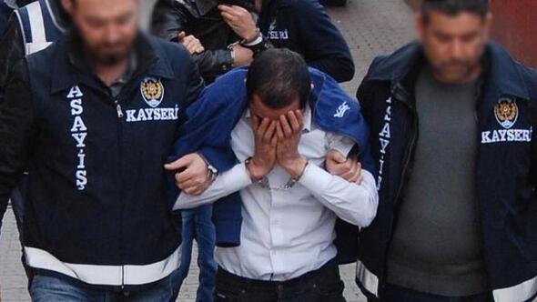 İlahiyat profesörü dolandırıcılara 1 milyon lira kaptırdı...