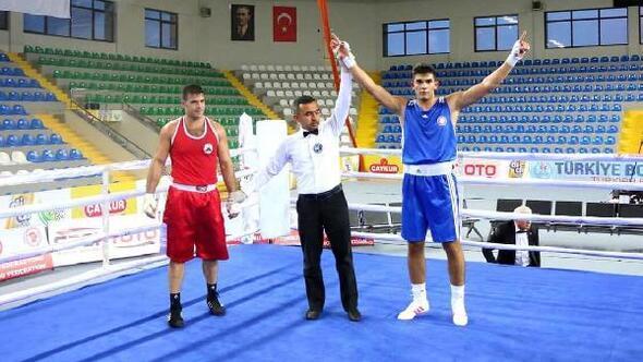 Merkez Haberleri: Boks şampiyonasında Türkiye üçüncüsü oldu 13