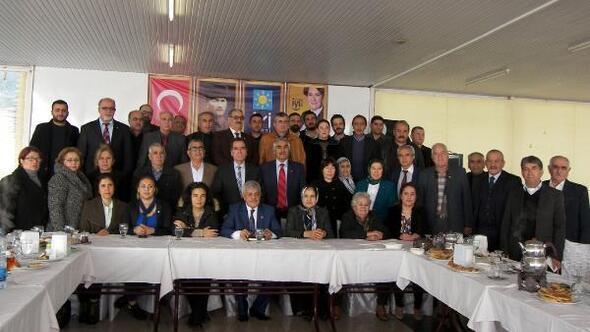 İYİ Parti Tarsus teşkilatı tanıtıldı ile ilgili görsel sonucu