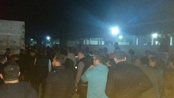 Çiftlik Bank mağdurları, kamyonlarda tesise gelip hayvan almak istedi
