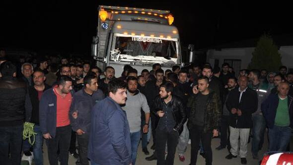 Çiftlik Bank mağdurları, kamyonlarda tesise gelip hayvan almak istedi (3)