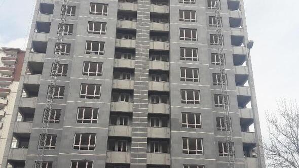 13üncü kattan düşen inşaat işçisi öldü