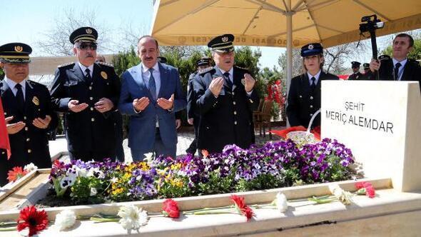 Gölbaşı Haberleri Gölbaşında şehit Polisler Anıldı Ankara Haberleri