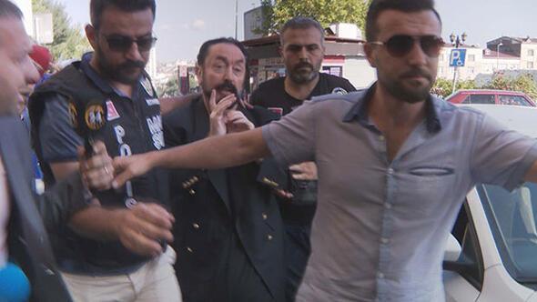 Villasında kepçeli kazı Polis 200 milyon TL'nin peşinde... Adnan Oktarın ilk ifadesi ortaya çıktı