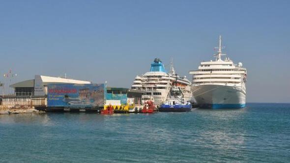 Turizmciler Bakan Ersoya ilettikleri sorunların çözülmesini bekliyor