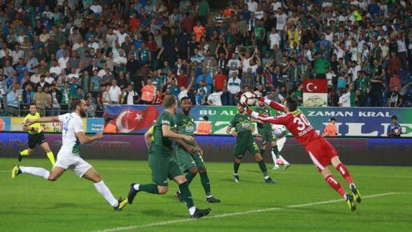 Çaykur Rizespor - Bursaspor (FOTOĞRAFLAR)