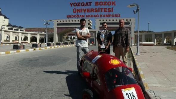 Bozok Üniversitesinde elektrikli araç gururu