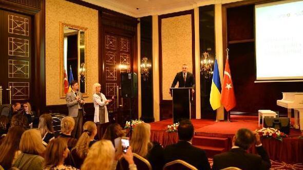 Türkiye'nin kış turizmi merkezleri Ukrayna'da tanıtıldı