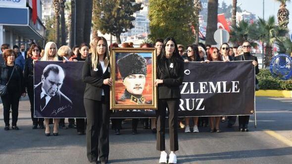 Kuşadasında Atatürk anıldı