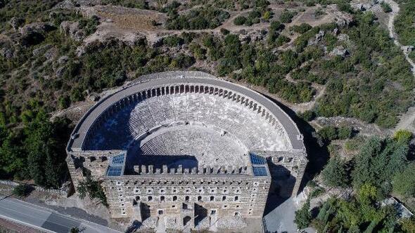 Aspendos Antik Kenti Tarihi : Aspendos antik kenti tiyatrosu hakkında bilgiler nerededir mima