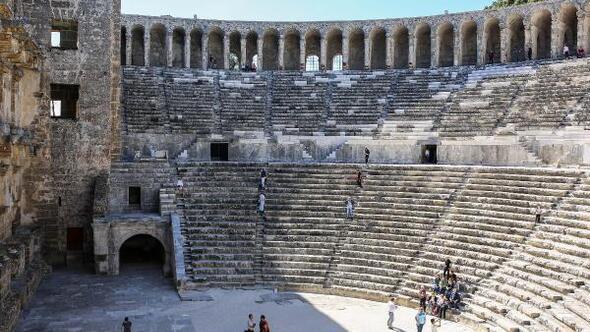 Aspendos Antik Kenti Etkinlikleri : Un teması aspendos atso vizyon