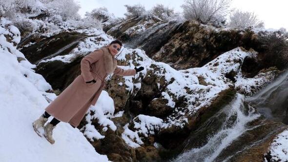 Girlevik Şelalesi karla bir başka güzel