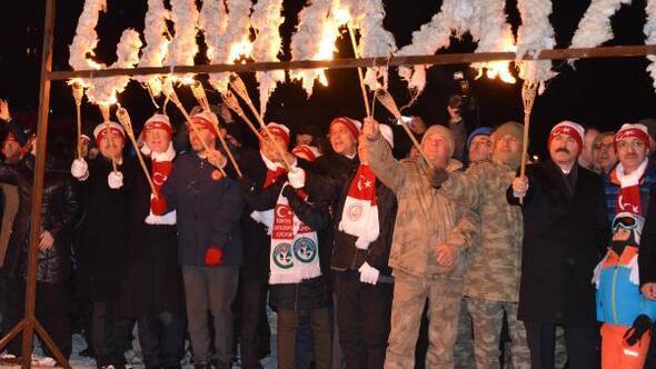 Sarıkamiş Haberleri: Şehit Mehmetçiklerin kardan heykellerine yoğun ilgi 89