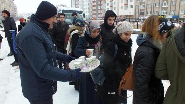 Yozgat Haberleri: Yozgatta denetimli hükümlüler okul boyadı 78