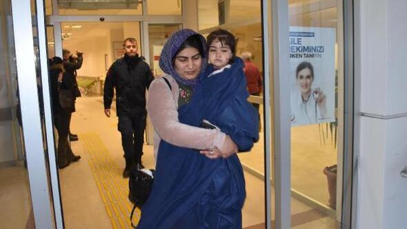 Kuşadasında göçmenlerin lastik botu battı; 1 çocuk öldü, 46 kişi kurtarıldı