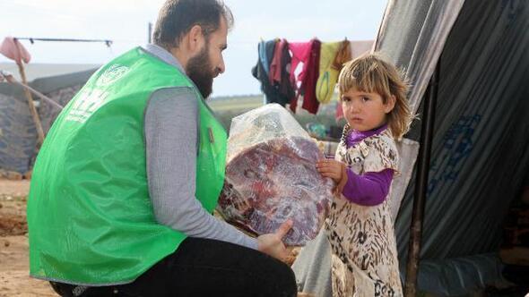 Suriyeli yetimlere 3 ton et yardımı