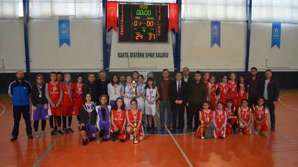 Kubilay Ortaokulu şampiyon oldu
