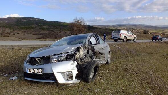 Merkez Haberleri: Sinop'ta trafik kazası: 1 ölü, 4 yaralı 62