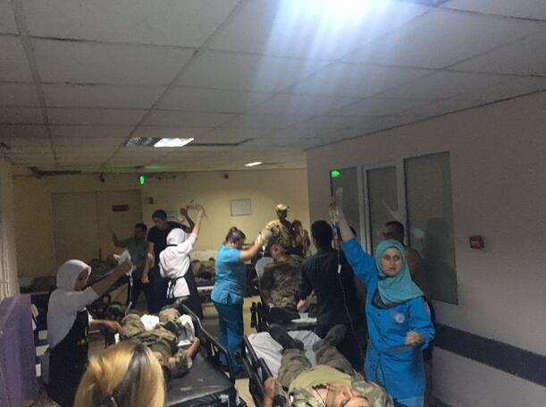 Son Dakika: Yine Manisa Çok sayıda asker hastaneye kaldırıldı