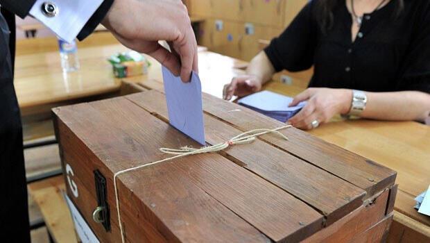 Seçim öncesi 'uçan mürekkep' polemiği
