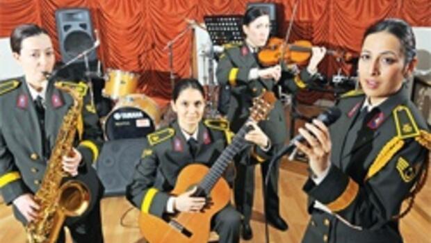 Askeri bandoda sopranolar dönemi