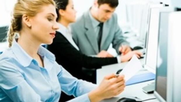 Çalışan kadında kas ve eklem ağrıları erkeklerden fazla görülüyor