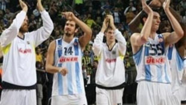 Fener Olympiakos'a acımadı