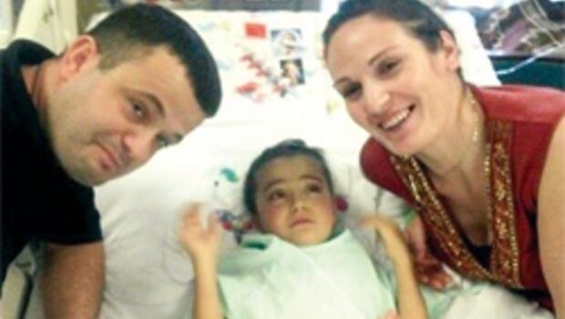 Mucize ameliyatta Türk doktor da var
