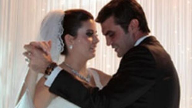 Altınok oğlunu evlendirdi