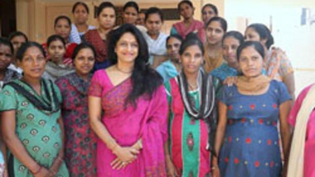 Hindistan'da dünyanın ilk bebek fabrikası açıldı