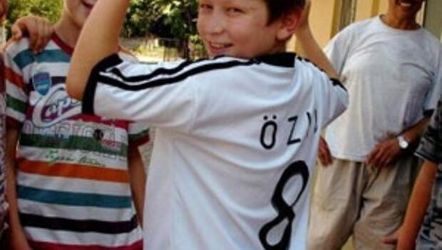 Devrek'te Mesut Özil gururu