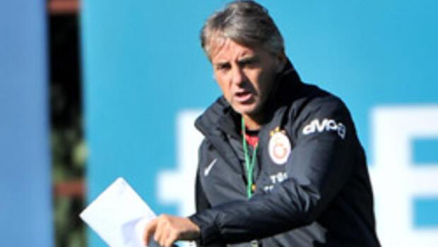 Mancini'nin derbi karnesi