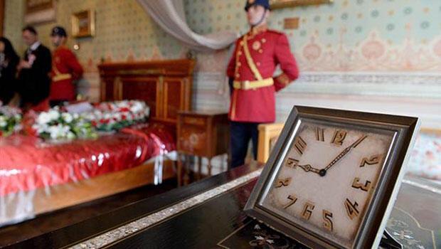 Atatürk vefatının 77'nci yılında sevgi, saygı ve özlemle anıldı