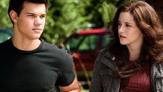 Bella iki aşk arasında