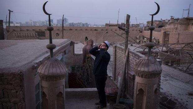 New York Times muhabiri, Uygur Türklerinin gördüğü baskıyı kaleme aldı