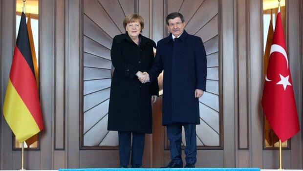 Merkel Ankara'da