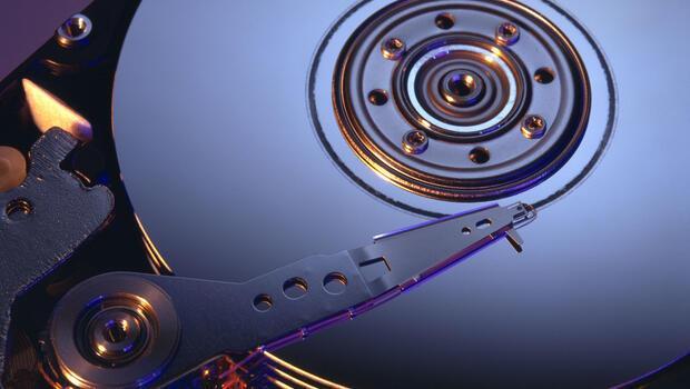 computer hard drive mechanics essay