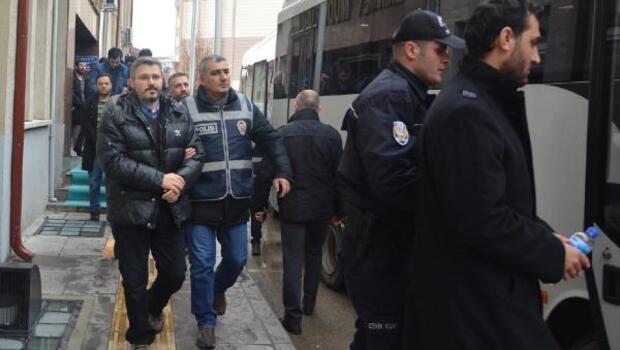 Bilecikte FETÖ şüphelisi 22 eski emniyet mensubu tutuklandı